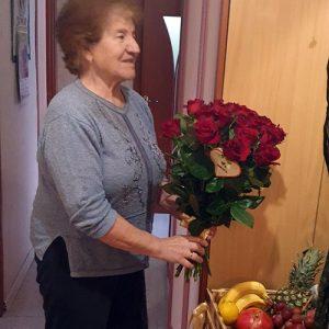 Букет 33 червоні троянди у Трускавці фото