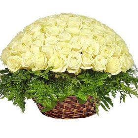 товар Кошик 101 біла троянда