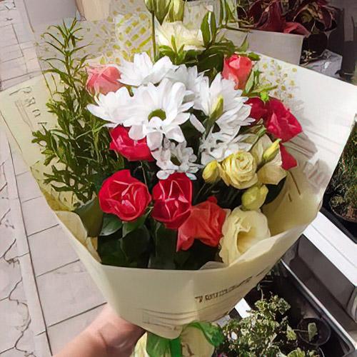 красивий мікс квітів фото