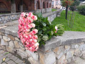 """101 троянда """"Джумілія"""""""