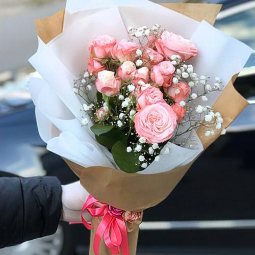 троянди та гіпсофіла фото