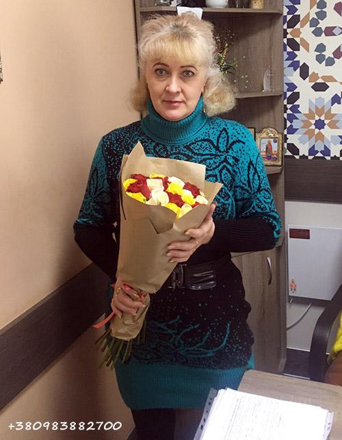 букет разноцветных роз фото